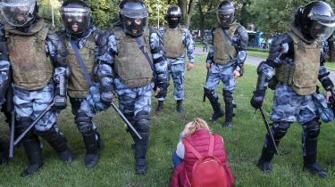 De mange demonstrationer i Moskva rettet mod det russiske styre irriterer utvivlsomt Kreml, men har næppe potentiale til at vælte regimet.