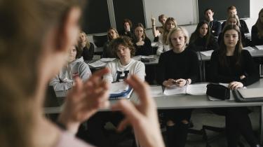 Vi er nødt til at tage kollektivt ansvar for vores elevers ve og vel og give dem luft, skriver dagens kronikør, der er gymnasielærer.