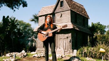 Shannon Lays nye album er opkaldt efter den måned, hvor hun sagde sit faste job op for at satse på musikken.