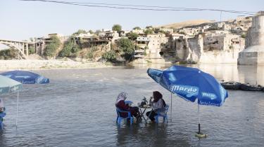 Den historiske kurdiske by Hasankeyf vil blive oversvømmet, når en ny dæmning tages i brug i den østlige del af Tyrkiet, hvor der bor mange kurdere.