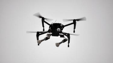 Dronedele fra Danmark blev brugt til angreb på syrisk militærbase. Tre mænd er tiltalt for at sende dronedele for flere hundrede tusinde kroner til terrororganisationen Islamisk Stat