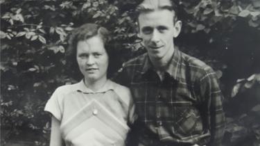 Lydia Lunding var selv vokset med konservative tyske normer for, hvad en kvinde måtte. Det gjorde hun og hendes mand, Niels, op med i opdragelsen af deres egne børn.