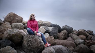Mona Vincent Rørstadblev kun meget inddirekte fortalt af lægerne, at opioderne skabte afhængighed. En afhængighed, som endte med at overtage styringen med hendes tilværelse og fratage hendeallivskvalitet.