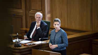 Mette Frederiksen holdt i går sin første åbningstale. Hvis hendes regering skal blive en succes, skal hun lave en ny kontrakt mellem de pressede i udkanten og aktivisterne i storbyen. Mellem omsorgen for de udsatte og ambitionen om at mobilisere hele samfundet i en grøn omstilling