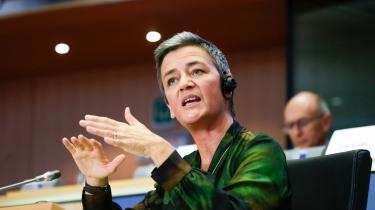 Tirsdag var det Margrethe Vestagers tur til at svare på spørgsmål fra Europa-Parlamentets medlemmer, og en time efter var hun godkendt.