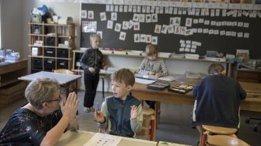 Står det til Socialdemokratiet, skal der skæres i støtten til friskolerne for i stedet at styrke folkeskolen. Billedet er taget på folkeskolen i Gram, som Information besøgte tidligere på året.