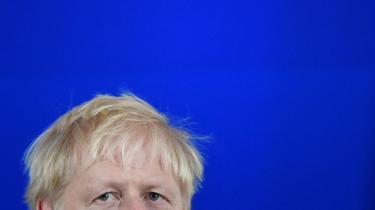Bedragersyndromet er angsten for at blive afsløret i at ikke være god nok. Boris Johnson er eksemplet på en, der aldrig har lidt af denne angst. Men bedragersyndromet internaliserer noget, som burde analyseres strukturelt, og derfor bør begrebet droppes, mener dagens klummeskribent.