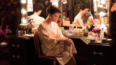Renée Zellwegger giver Judy Garland indre og ydre liv i Rupert Goolds bevægende film om den store sangerinde og musicalstjerne,'Judy'.