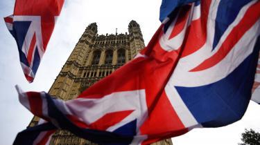 Det lykkedes ikke Boris Johnson at tromle sin skilsmisseaftale gennem parlamentet. Forude venter endnu en udsættelse, ophedede debatter i parlamentet – og formodentlig et valg før jul