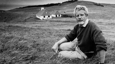 Thorkild Hansen var med sin slavetrilogi (1967-70) den første danske forfatter, der forholdt sig kritisk til Danmarks kolonifortid, fortæller Mads Anders Baggesgaard, lektor i litteraturhistorie ved Aarhus Universitet.
