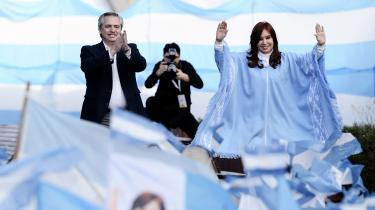 Efter fire års fiasko med neoliberal sparepolitik er argentinerne klar til at vælge den korruptionsanklagede Cristina de Kirchner og få det gamle arbejderparti tilbage til magten. Men begejstringen er væk