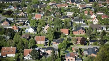 »Hvis vi virkelig ønsker et land, hvor mennesker fra forskellige indkomstgrupper skal bo side om side, skal vi gøre op med den i grunden perverse idé, at boliger er et spekulationsobjekt,« skriver Pelle Dragsted i denne omgang af 'Pelles Position'.