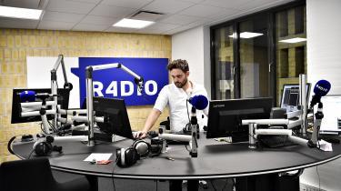 For Informations journalist, Rasmus Elmelund, er Radio4lyden af tryghed, lyden af barndom, lyden af Radio ABC og morgenværterne Jørn og Kim, der kørte på næsten alle byens bilradioer.