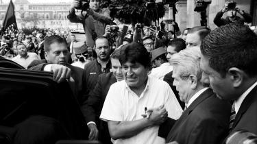 Bolivias afsatte præsident Evo Morales i Mexico City efter at han tidligere i november flygtede fra sit hjemland. Som en række andre idealistiske frontkæmpere fra ikke mindst Latinamerika endte han med at forbryde sig mod sine egne idealer.