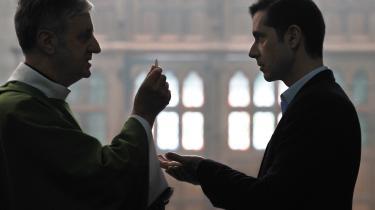 Er det en forbilledligt sober tone, François Ozons 'Gud være lovet', der handler om en katolsk præsts misbrug af små drenge,anslår, eller er det en for tør akkord?