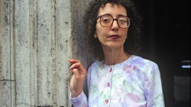 Dekulørte mandeportrætter er den eneste svaghed ved Joyce Carol Oates' i øvrigt stærke roman om maskulinitetens afskyelige væsen og kvindens på én gang skrøbelige og stærke psyke i dagens USA, skriverTonny Vorm.