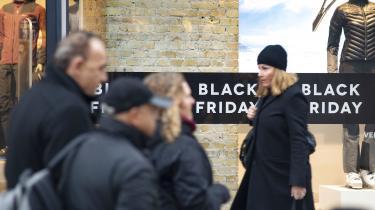 Sidste år skrev jeg her i avisen, at »Black Friday er endnu en dag, hvor venstrefløjen strides indbyrdes, mens den destruktive kapitalisme vinder«. I år er jeg andeledes optimistisk, skriver Gry Inger Reiter.