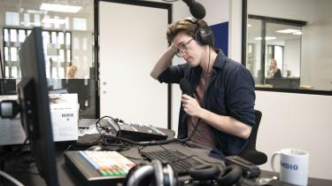 Ifølge værten, Thomas Schumann, erGenau et radioprogram om »hva' der rør' sig aktuelt i Tyskland«.