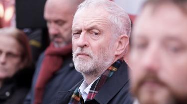 »Corbyn virkede mere optaget af, at Brexit skulle blive en fiasko forhans modstandere end i at være med til at løse en national politiskkrise,« skriver Rune Lykkeberg.