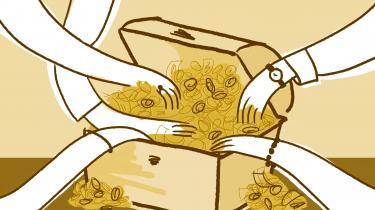 »Medarbejdere i Skattestyrelsen, Socialstyrelsen og Forsvarsministeriets Ejendomsstyrelse har tilsyneladendekunnet slippe afsted med at stjæle vores hårdt tjente skattekroner i årevis. Simpelthen fordi ingen har regnet med, at de kunne finde på det. Det danske samfund er jo baseret på tillid.« skriver Sebastian Abrahamsen.