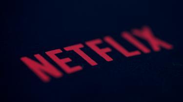 På Netflix hersker ifølge folk i filmproduktionsmiljøet en idé om, at en scene i en serie helst skal kunne ses på en mobiltelefon i en tætpakket metro.