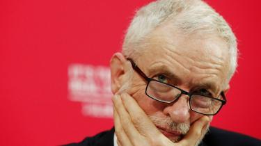 I det britiskeparlamentblev Jeremy Corbyn anklaget for at være 'marxist', hvilket i sig selv er et skældsord. Jævnligt hånes han også for at være 'antibritisk'.