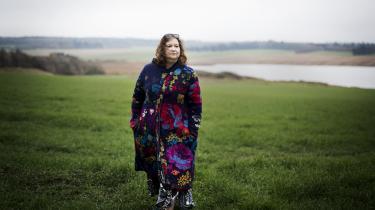 Jeg tror, at det ville have været interessant at få Maria Hellebergs 2019-øjne på besættelsestiden sammen med hendes tanker om, hvad hendes mors historie betyder for hende, skriver Kamilla Löfström.