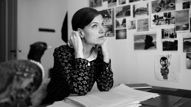 Iben Mondrups nye bog 'Tabita' er én stor uretfærdighed, der oprulles for læseren, og som side for side får følgeskab af endnu en uretfærdighed, et overgreb eller dyb sorg, skriver anmelder Nanna Goul.