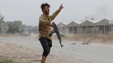 En kriger for Libyens regering, GNA, i forsvar af hovedstaden Tripoli modden 76-årige feltmarskal Haftars styrker, der forsøger at vælte dendysfunktionelle FN-støttede regering med Fayez al-Sarraj i spidsen som premierminister.