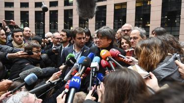 »De sagde, at jeg aldrig ville kunne indtage min plads i EU-Parlamentet,« siger Carles Puigdemont til nyhedsbureauet AP om de spanske myndigheder. »De har fejlet på alle slagmarker. Ja, det er en magtfuld stat, men vi har vundet, og vi er nu her.«