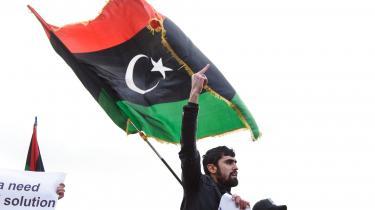 Berlin: Protestdemonstration i forbindelse med fredsmøde om Libyen.