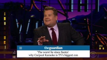 Chok! James Corden møder ikke tilfældigt megastjerner på gaden og giver dem et lift i sin bil, når de synger Carpool Karaoke.