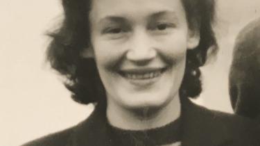 Først 12 år efter krigen blev Iboja Wandall-Holm i stand til at fortælle om de grusomheder, hun havde oplevet som jøde i Auschwitz. Hun er en af to danske jøder, der her fortæller om, hvordan de som overlevende kz-fanger lever med Holocaust