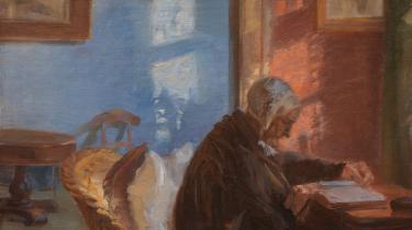 Anna Ancher: 'Kunstnerens mor Ane Hedvig Brøndum i den røde stue', 1909.