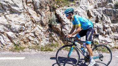 Den danske cykelstjerneJakob Fuglsang er i 2019 blevet efterforsket for en mulig forbindelse til den karantænedømte dopinglæge Michele Ferrari.