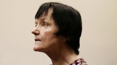 Sagen om Britta Nielsen kan sammenlignes med en nyligt afsluttet sag mod topadvokat Johan Schlüter og hans to partnere Susanne Fryland og Lars Halgreen, der ikke fik nær den samme medieopmærksomhed eller straf, på trods af at de også havde svindlet for over 100 millioner.