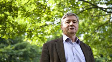 Man skal ikke undre sig over den manglende tilgang af studerende til sprogstudier. Et kvikt ungt menneske kan se, at sproglig myndighed og kulturel horisont ikke regnes for noget, skriver professor emeritusPer Øhrgaard.