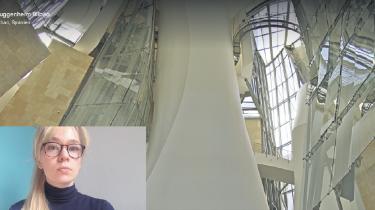 Bodil Skovgaard Nielsen sad hjemme i en lånt lejlighed i Roskilde, da hun var på besøg på Guggenheim i Bilbao.