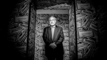 Krisen indfanger indbegrebet af den klassiske socialdemokratiske pointe. Et individs handlinger har konsekvenser for andre, og derfor er staten nødt til at gribe ind og regulere, siger Joseph Stiglitz.