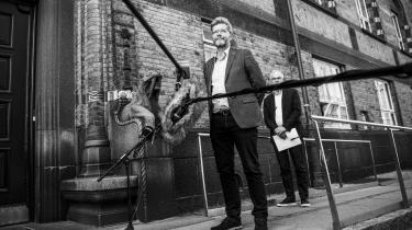 Overborgmester Frank Jensen (S) og børne- og ungdomsborgmester Jesper Christensen orienterede søndag om planerne for en genåbning af dagtilbud og skoler i Københavns Kommune. Men de sagde ikke noget om, at der ikke er plads til alle indskrevne børn i dagtilbuddene.