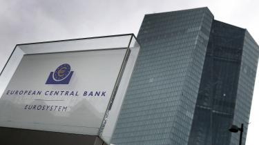 Kun hvis det vurderes som »forholdsmæssigt«, må den tyske Forbundsbank som en afgørende spiller i ECB fortsat deltage i kriseprogrammerne. Det kan vise sig at være meget dårlige nyheder for Europa, skriver Mathias Sonne i dagens leder.