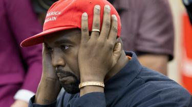 Yahya Hassan lyttede angiveligt til Kanye Wests banebrydende album 'Yeezus' fra 2013. På albummet udråber Kanye sig selv til at være sin tids Messias.