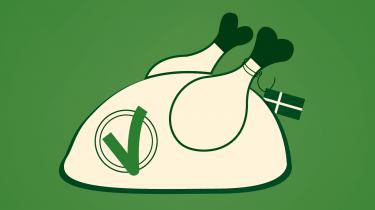 Fødevarer er en stor belastning for klimaet, men der er mange muligheder for at få os forbrugere til at vælge mere bæredygtigt, når vi handler ind. Mærkningsordninger og kampagner er ikke nok, der er også brug for politisk regulering, vurderer professor John Thøgersen fra Aarhus Universitet i Informations klimapodcast 'Den grønne løsning'