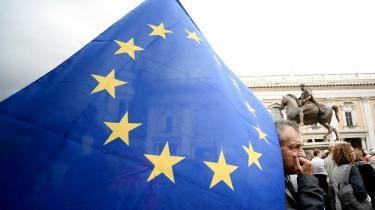 Især Italien har oplevet manglende solidaritet fra landene i nord. Italien er ikke på vej ud af EU, men meget vil afhænge af håndteringen af den økonomiske krise i kølvandet på pandemien.