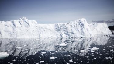 »Ideen om Arktis som et særligt fredeligt sted, hvor interessekonflikter bliver løst i mindelighed og dialog mellem stater, har været fremherskende i mange år. Fra 2014 og frem er denne opfattelse imidlertid kommet under pres,« siger Mikkel Runge Olesen, seniorforsker ved DIIS og projektleder på analysen 'Stormagtskonflikternes indtog i Arktis'.