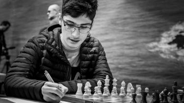Som skakspiller er Alireza Firouzja primært fantasifuld og ekstremt hurtigtregnende.
