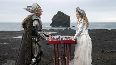 Lars (Will Ferrell) og Sigrit (Rachel McAdams) bor i en lille islandsk by og drømmer om at deltage i Det Europæiske Melodi Grand Prix i David Dobkins morsomme og rørende 'Eurovision Song Contest: The Story of Fire Saga'.