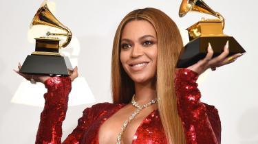 Den19. juniudkom Beyoncémed en ny støttesang, 'Black Parade',der fejrer afrikansk kultur. Sangen er en støttesang til Black Lives matter.