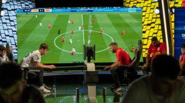 FCK og FC Nordsjælland i opgør i turneringen. Siden 2018 har de danske klubber investret i e-hold. Formentlig i forventning om en voksende fan- og forbrugerbase.