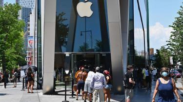 Apple lancerede deres første iPhone tilbage i 2007. Siden da har der været kø foran deres butikker hver eneste gang en nyere model er udkommet.
